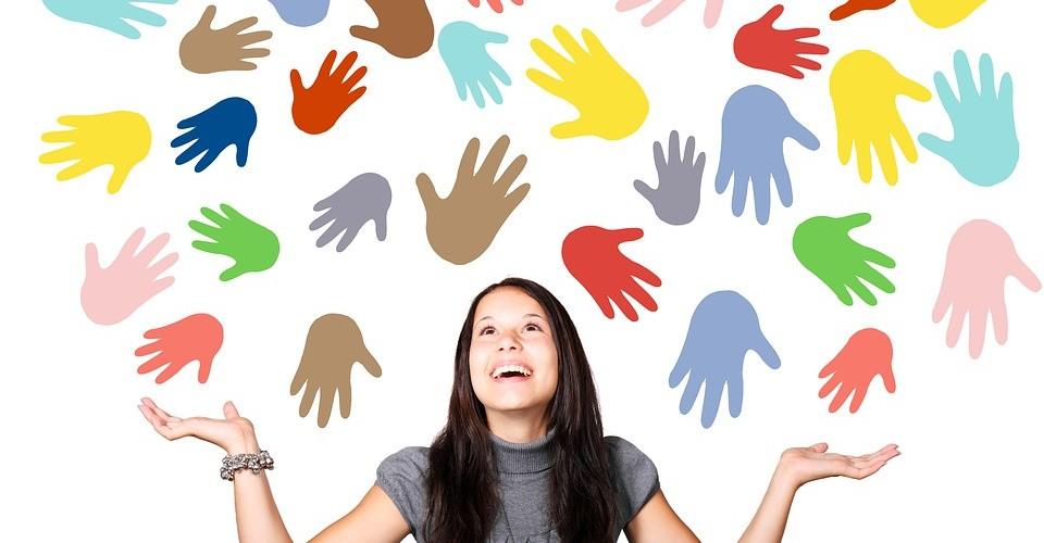 Aider les mains dans l'écriture